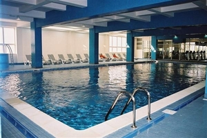 Piscina Iaki Spa Center