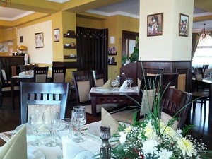 Medium_restaurant-curtea-brancoveneas